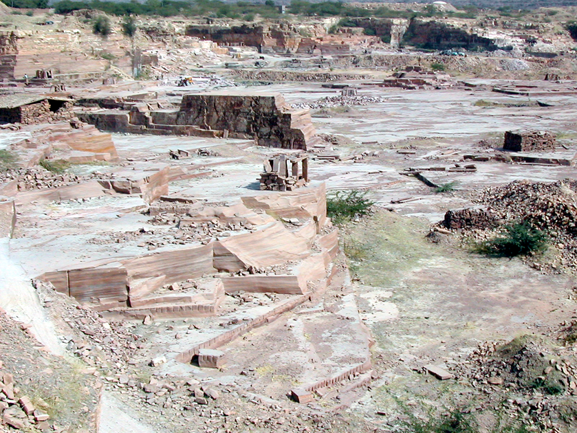 Just how is Indian sandstone made into paving slabs?