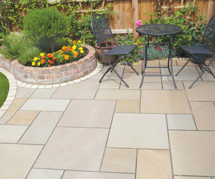 Developing a garden and outdoor patio style